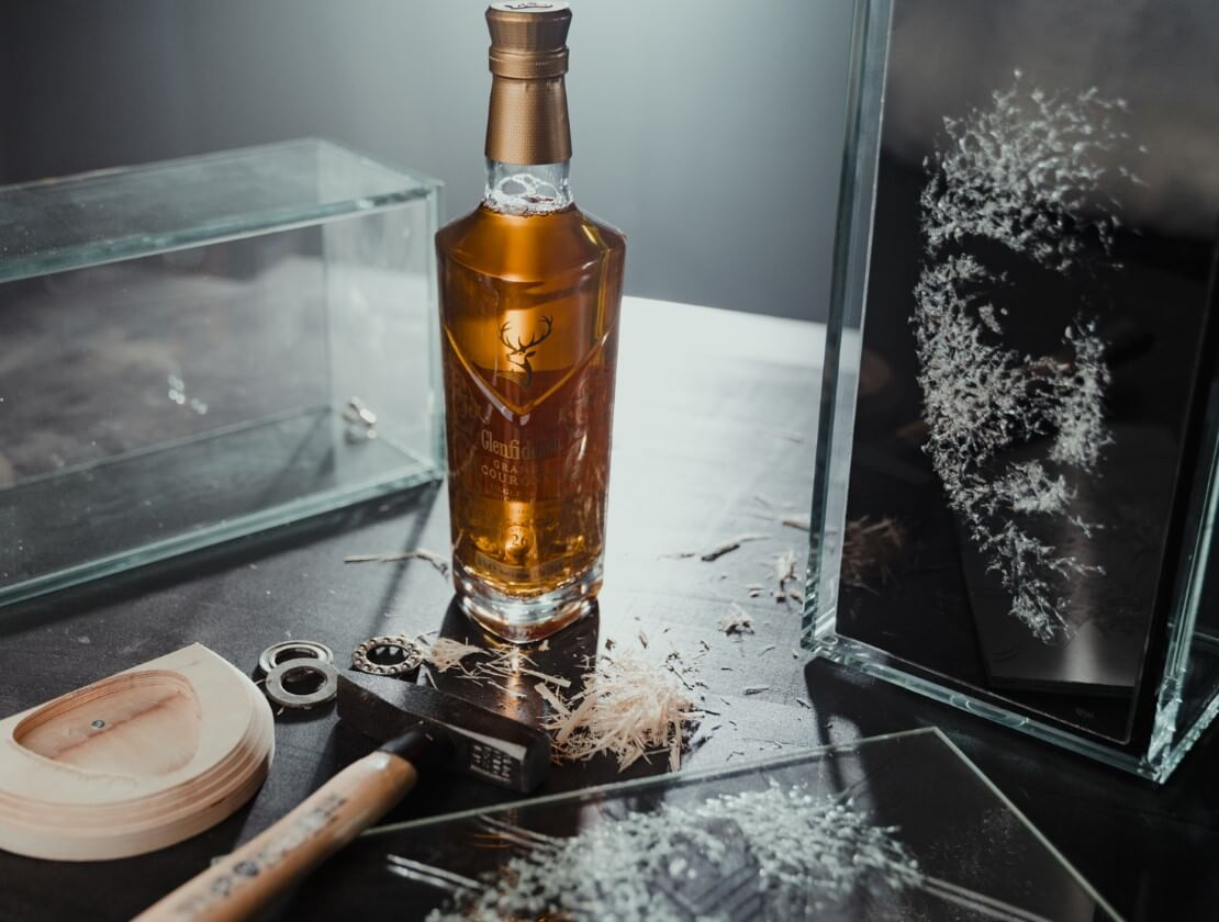 Auction News: When art and whisky are blended
