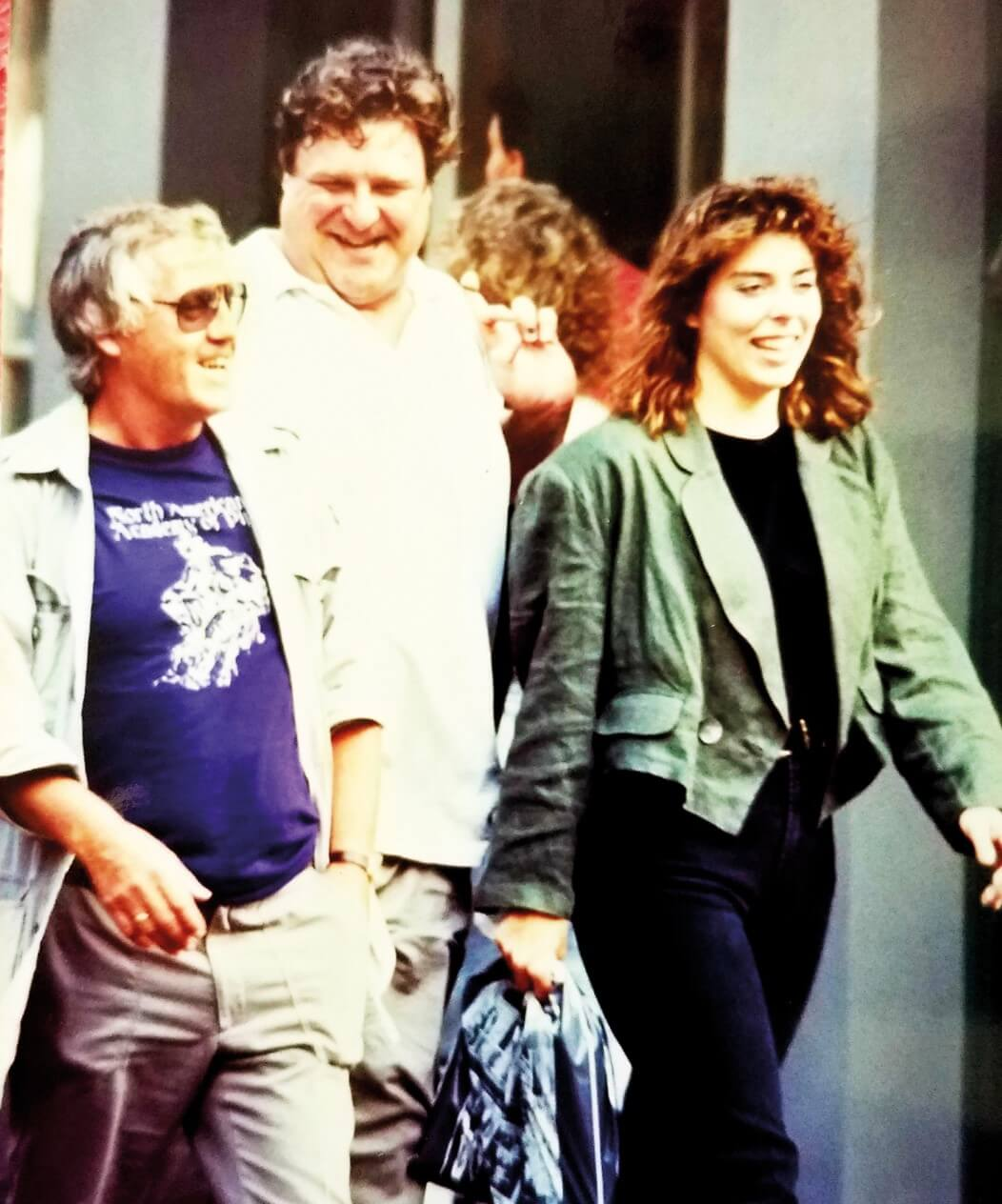 Out man with John Goodman and his wife